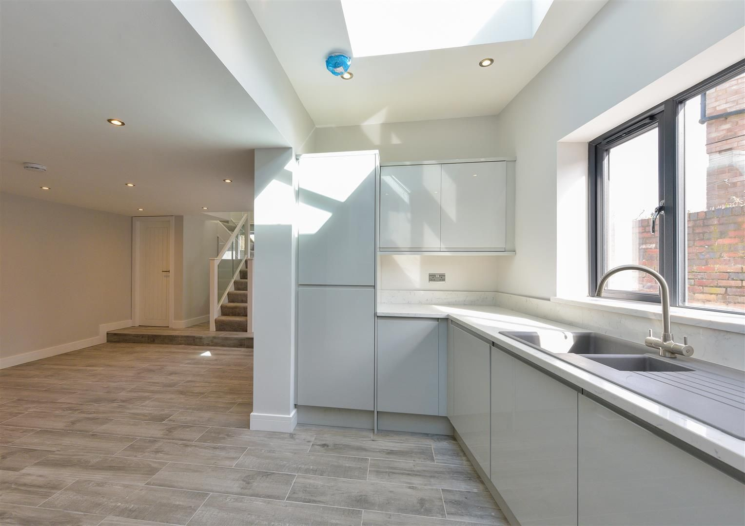 4 bed detached for sale 25