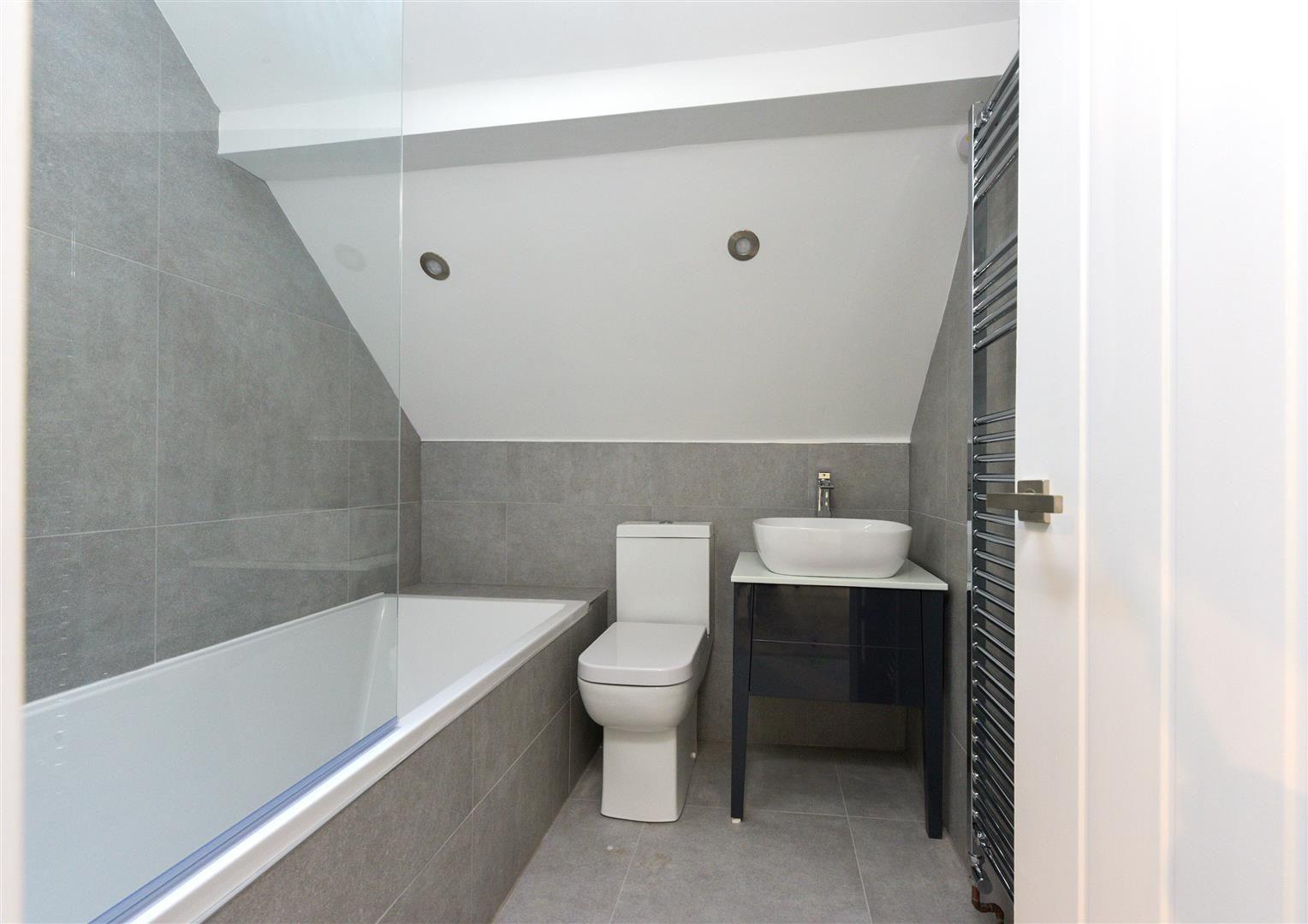 4 bed detached for sale  - Property Image 30