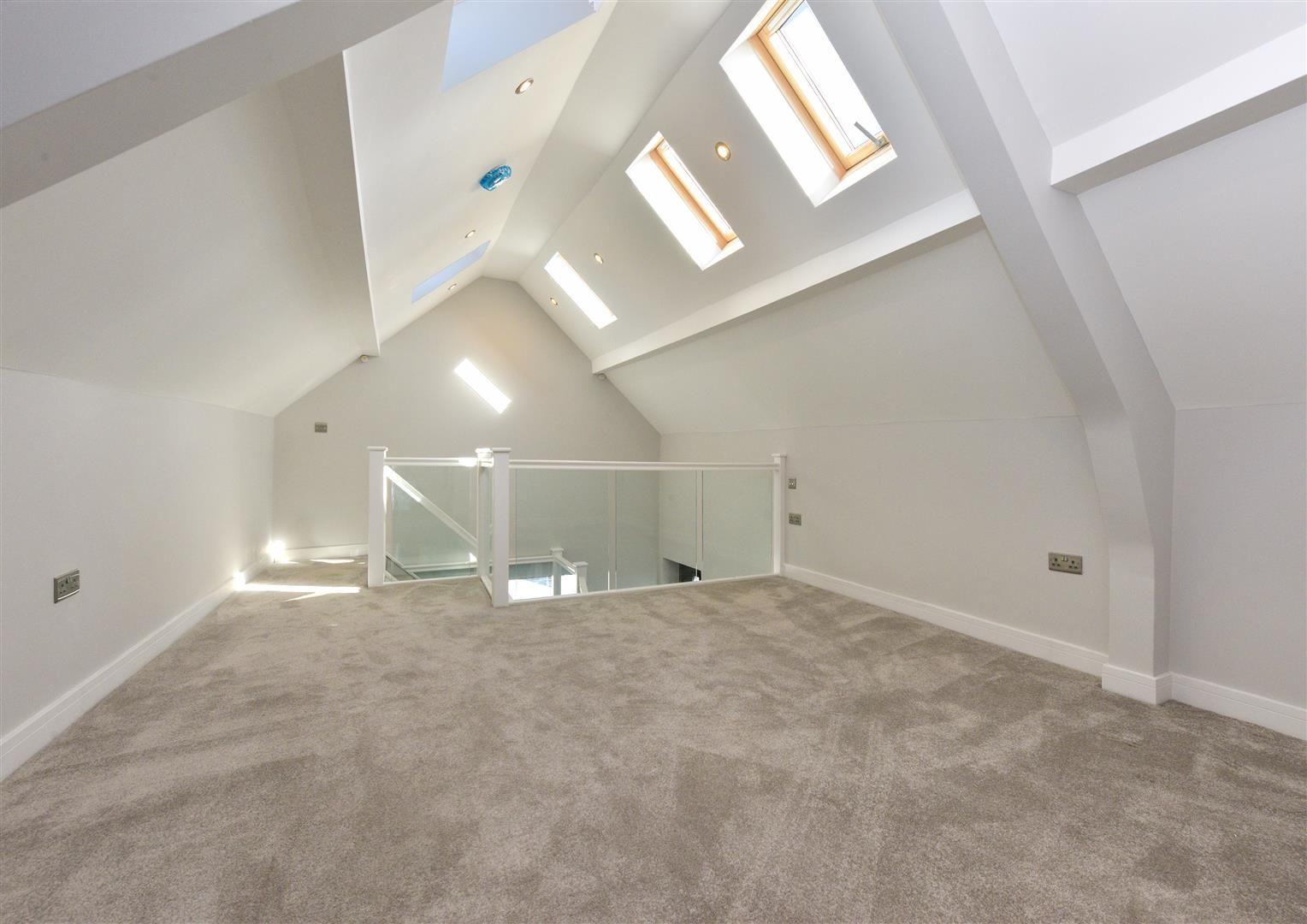 4 bed detached for sale  - Property Image 31