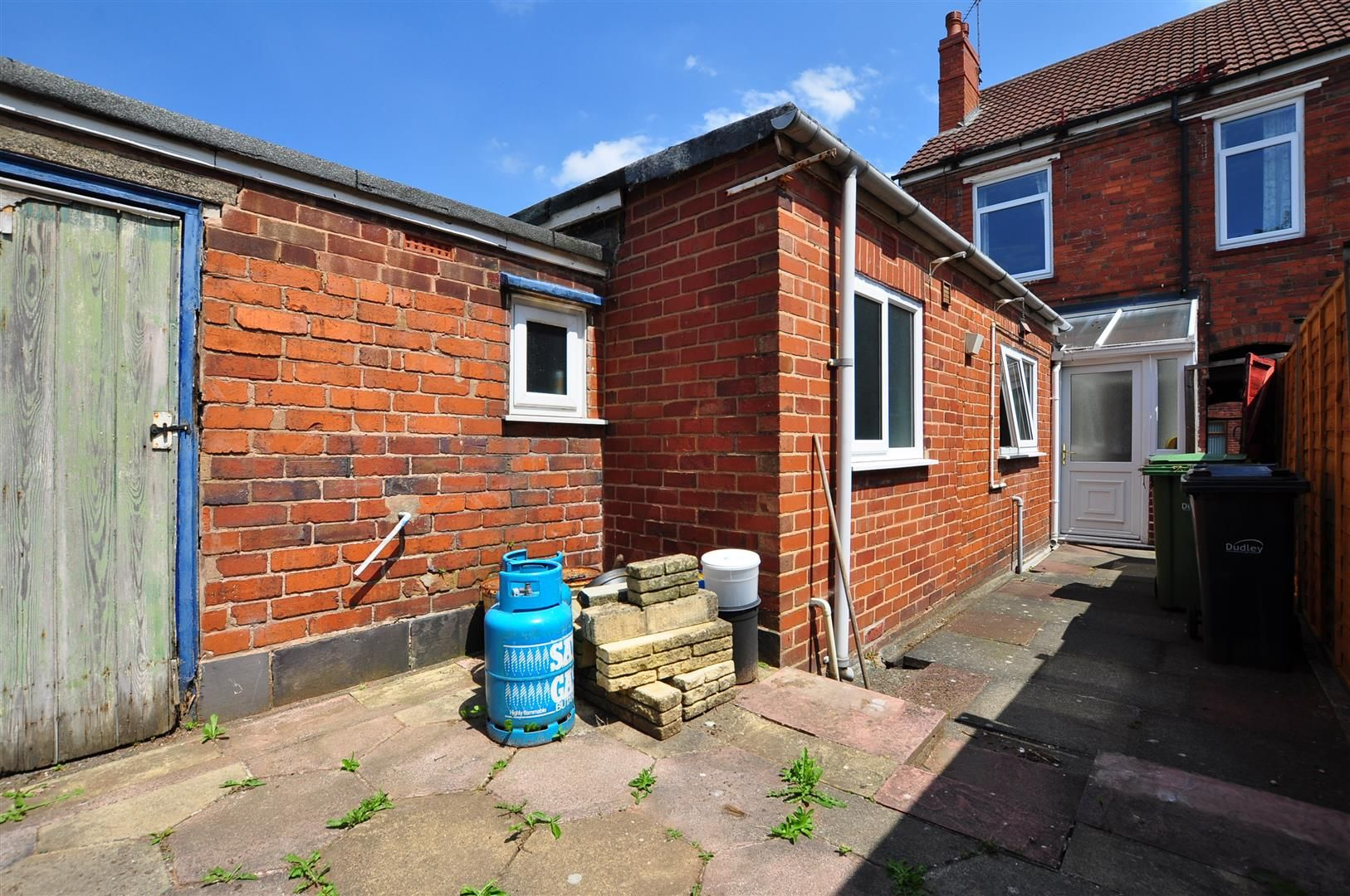 2 bed terraced for sale 15