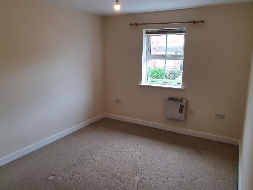 2 bed  to rent 6