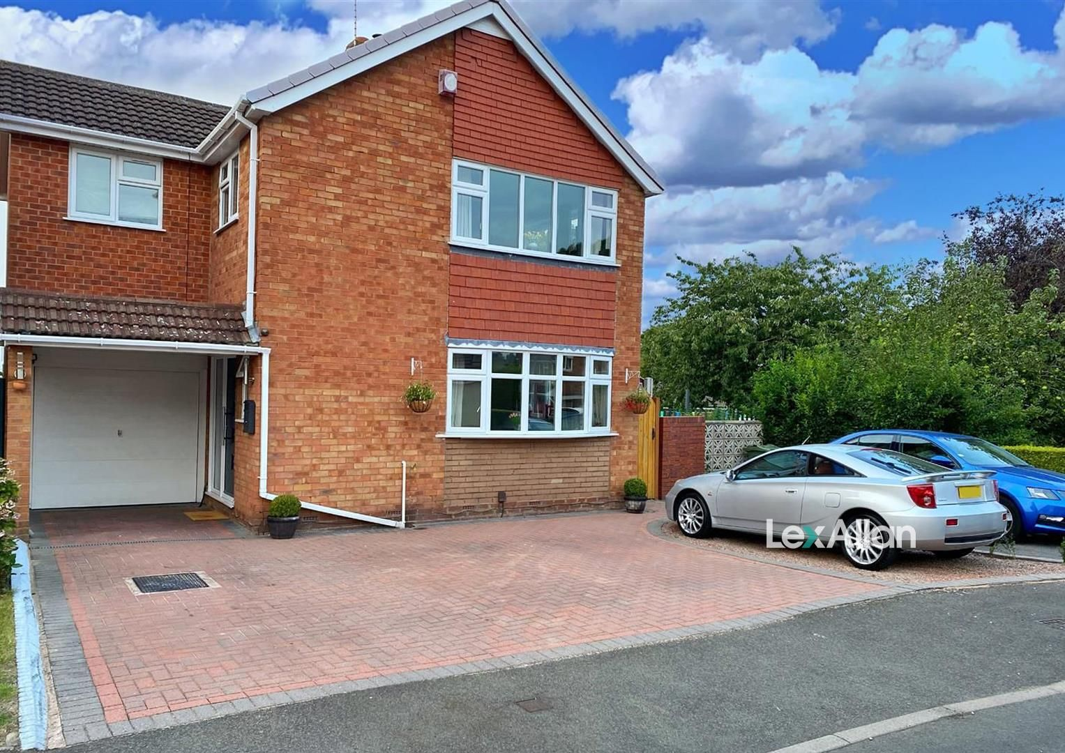 4 bed detached for sale in Oldswinford, DY8