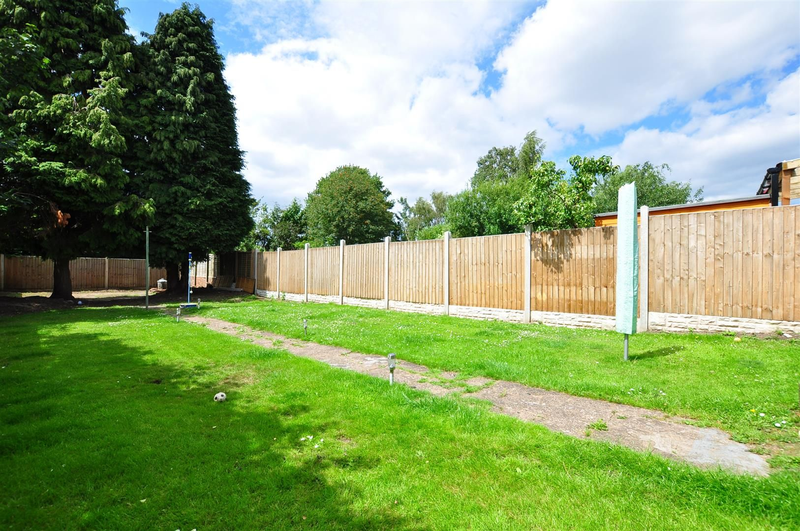 3 bed semi-detached for sale  - Property Image 19