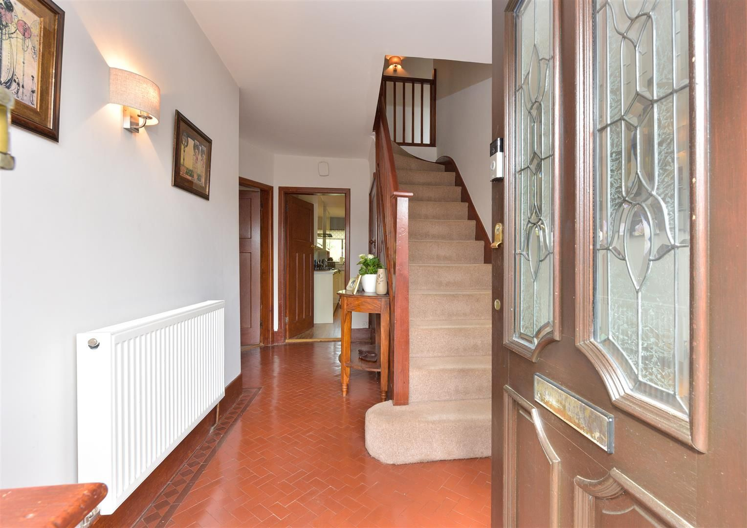5 bed semi-detached for sale  - Property Image 2