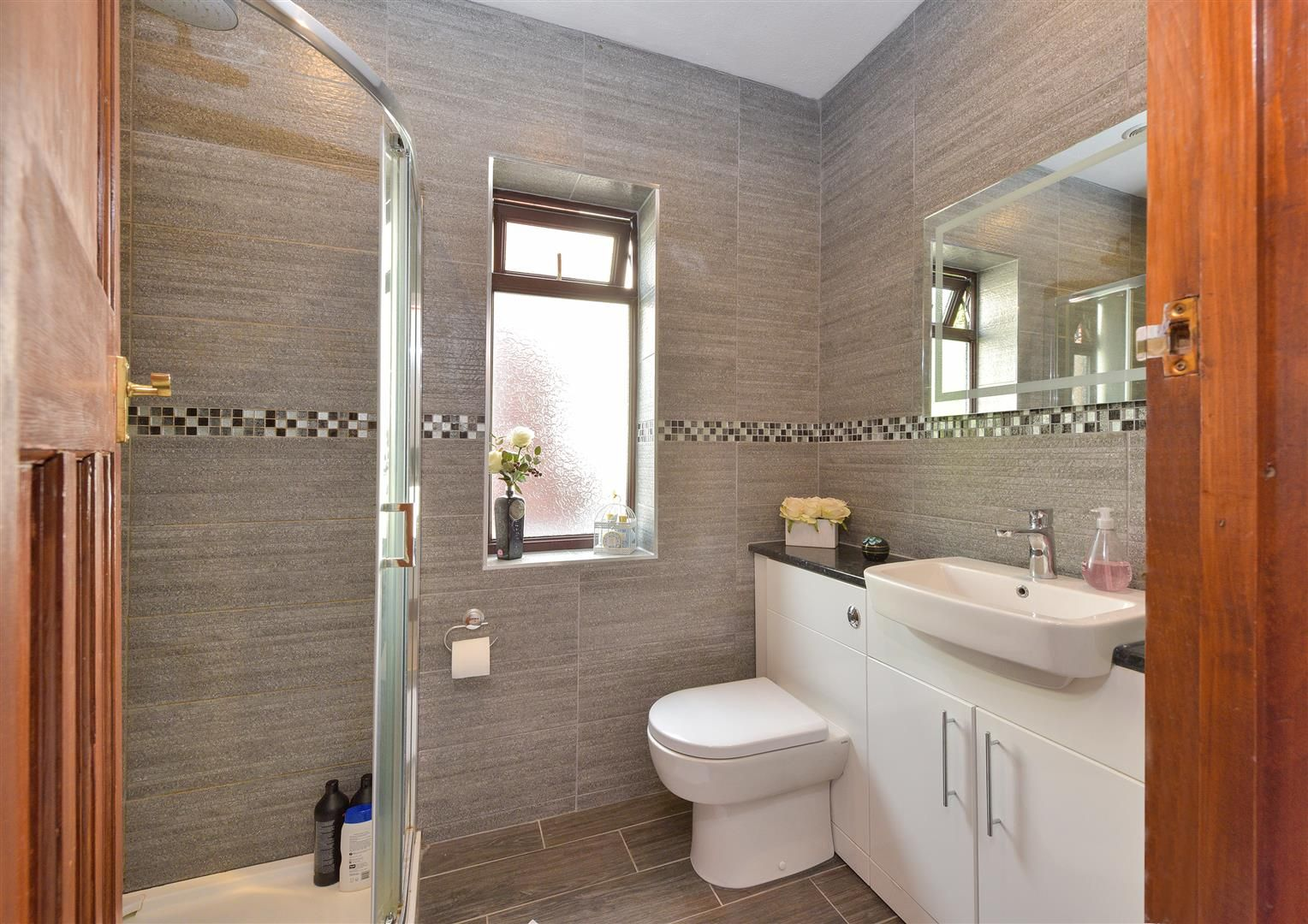 5 bed semi-detached for sale  - Property Image 19