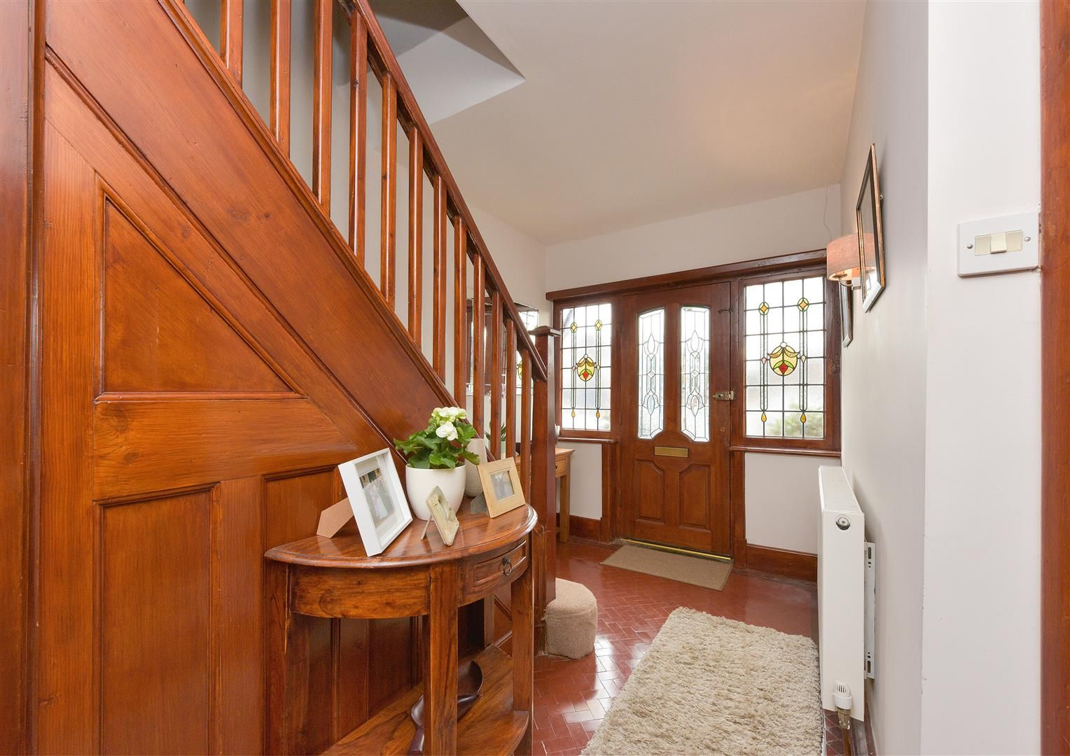 5 bed semi-detached for sale  - Property Image 3