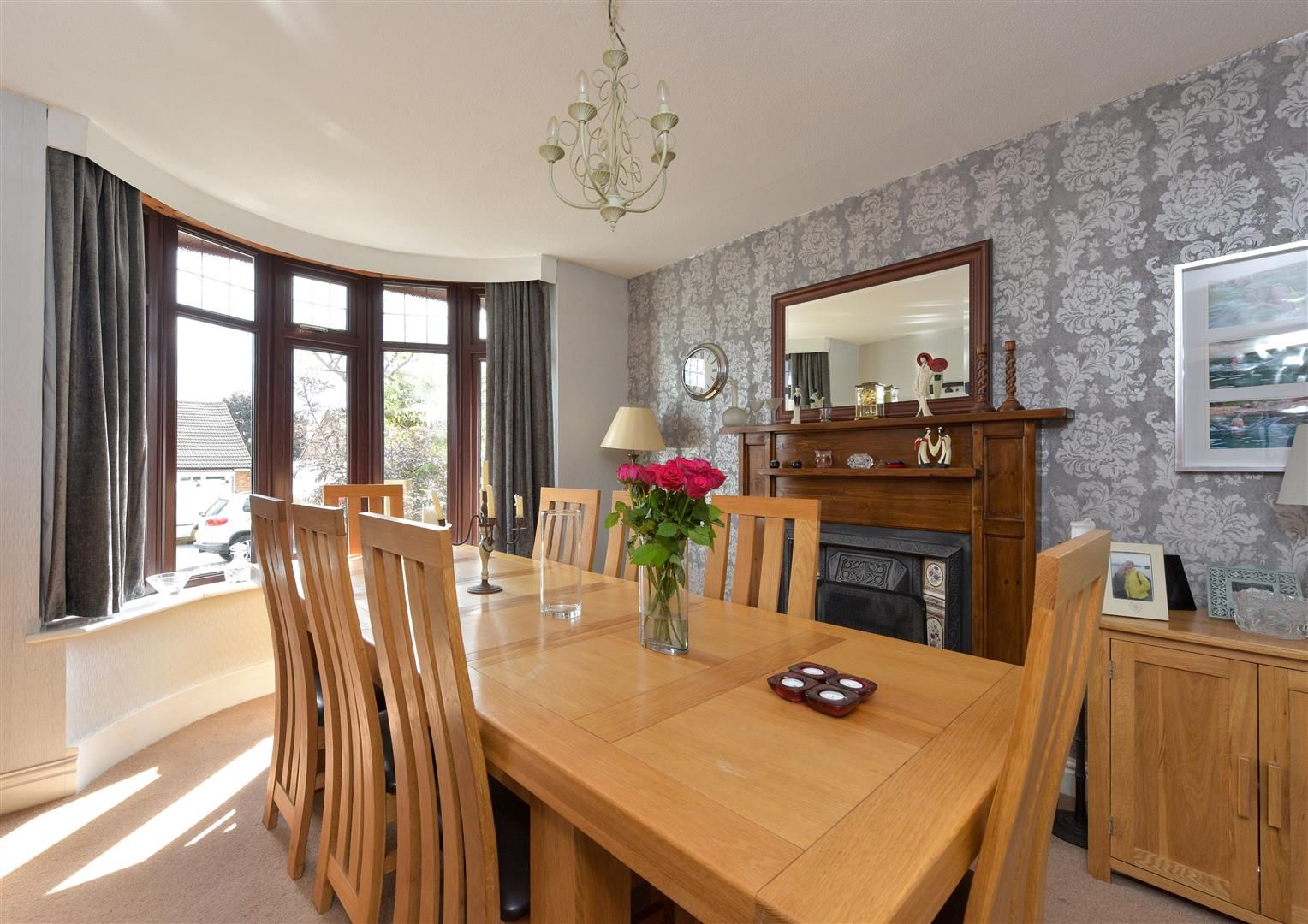 5 bed semi-detached for sale  - Property Image 4