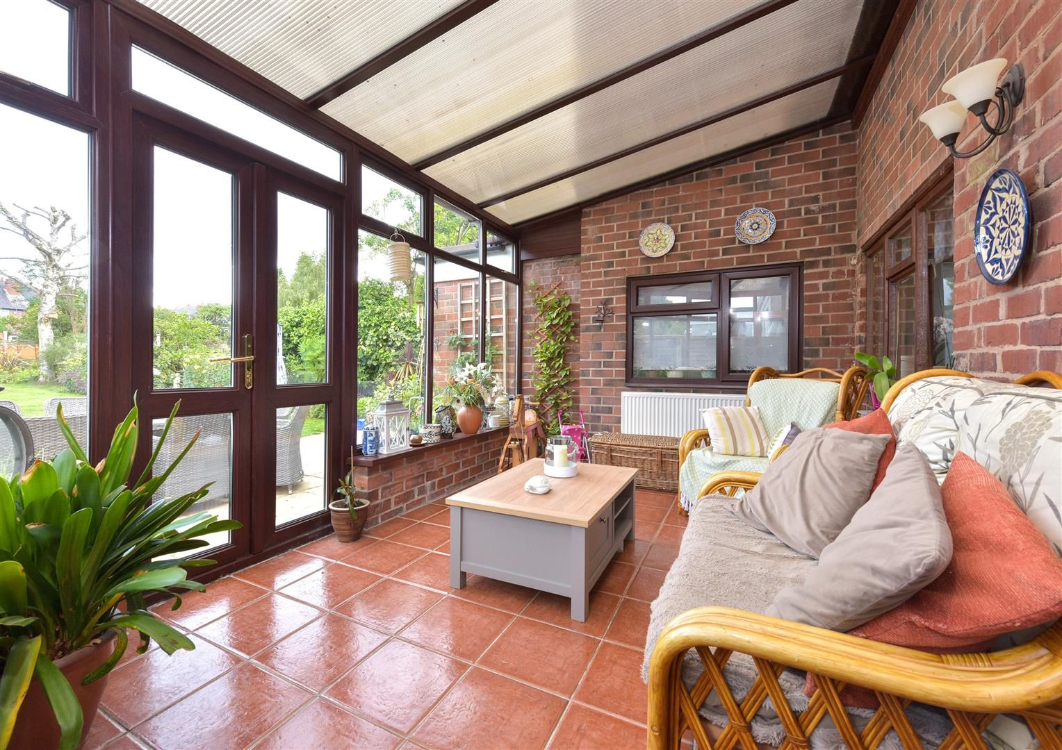 5 bed semi-detached for sale 10
