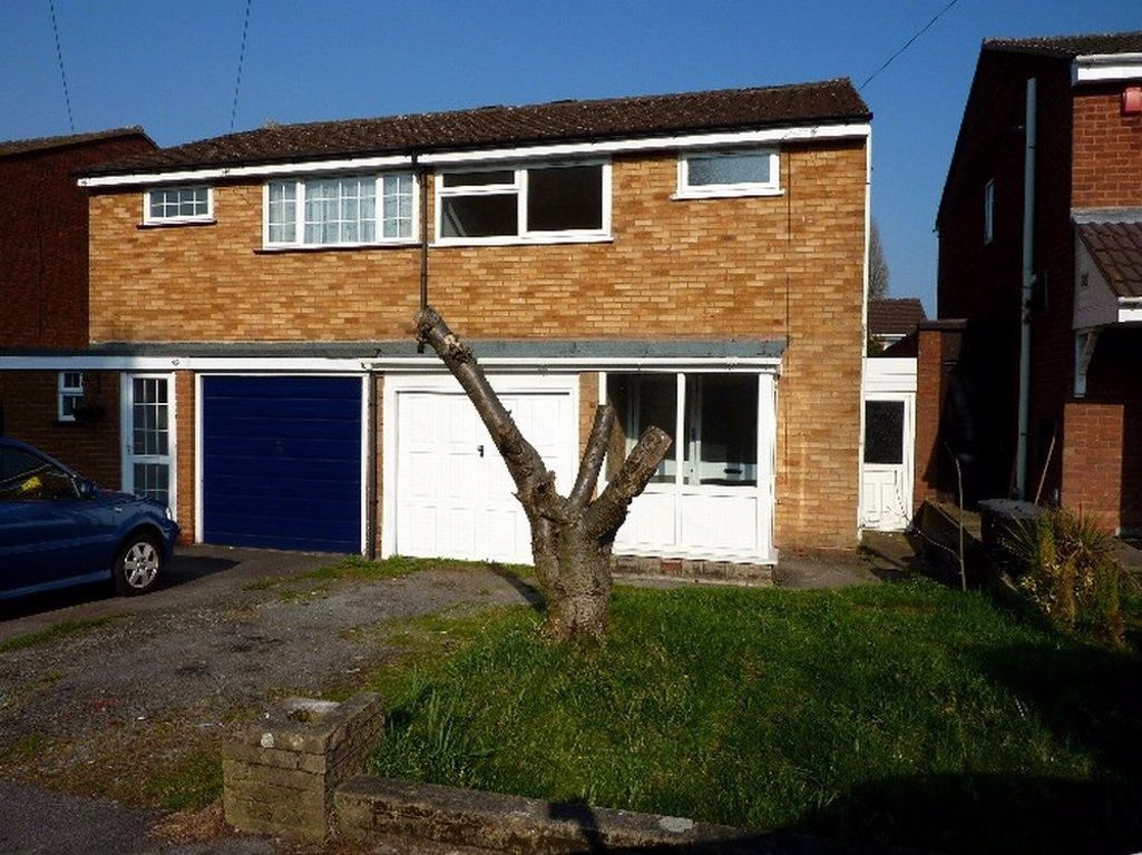 3 bed  to rent, B29