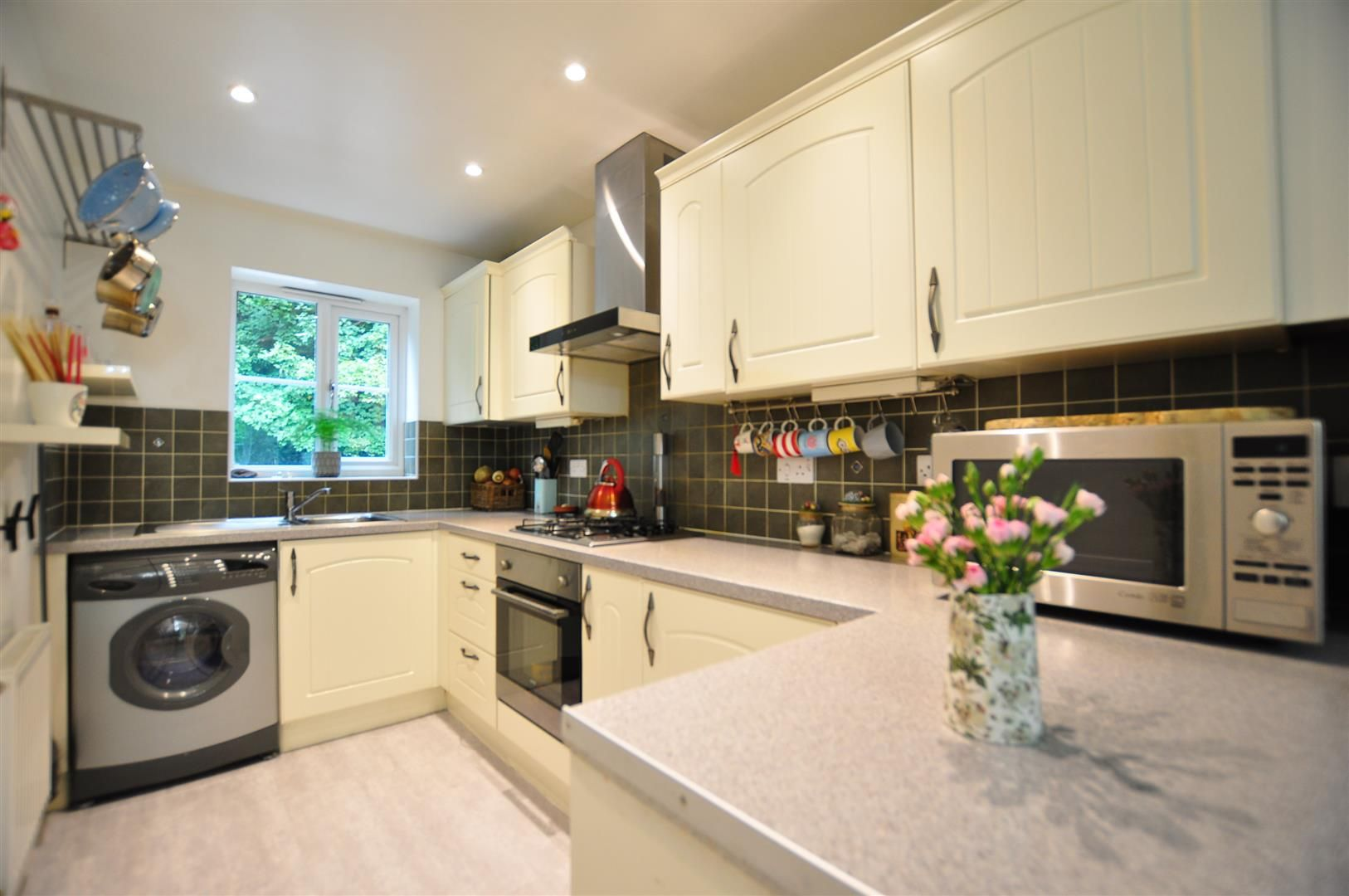 4 bed end-of-terrace for sale  - Property Image 5