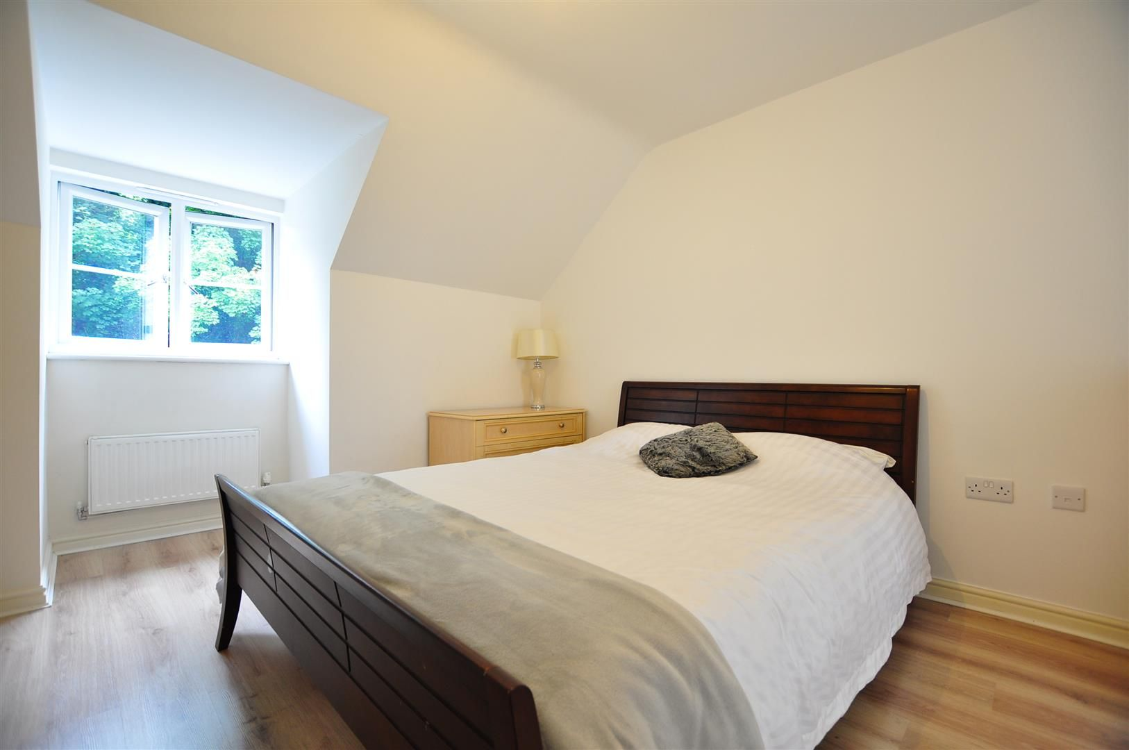 4 bed end-of-terrace for sale  - Property Image 7