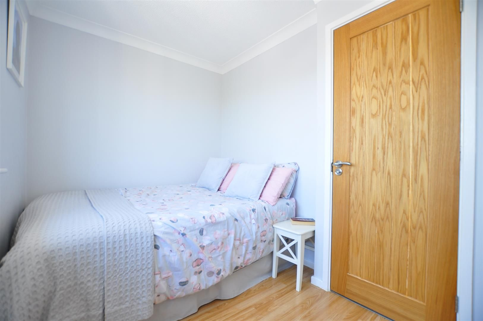 2 bed end-of-terrace for sale 14