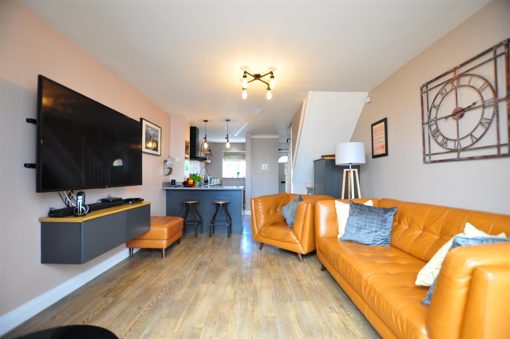2 bed end-of-terrace for sale  - Property Image 7