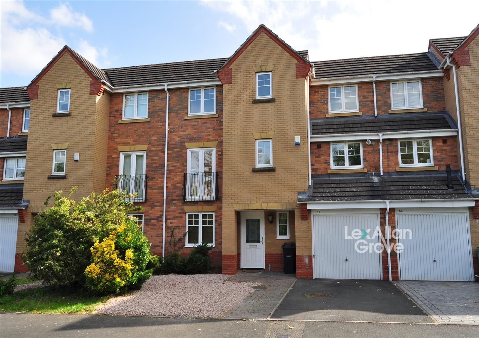 3 bed town-house for sale 1