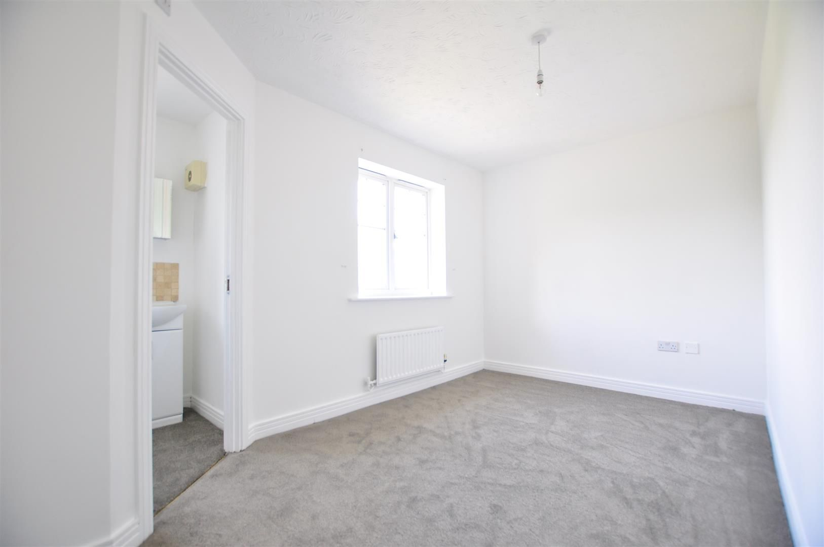 3 bed town-house for sale 16