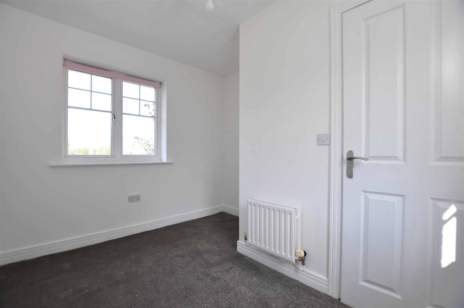 3 bed town-house for sale  - Property Image 18