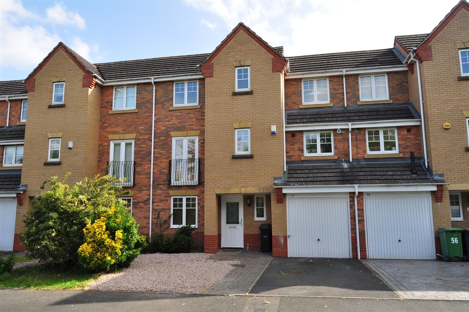 3 bed town-house for sale 24