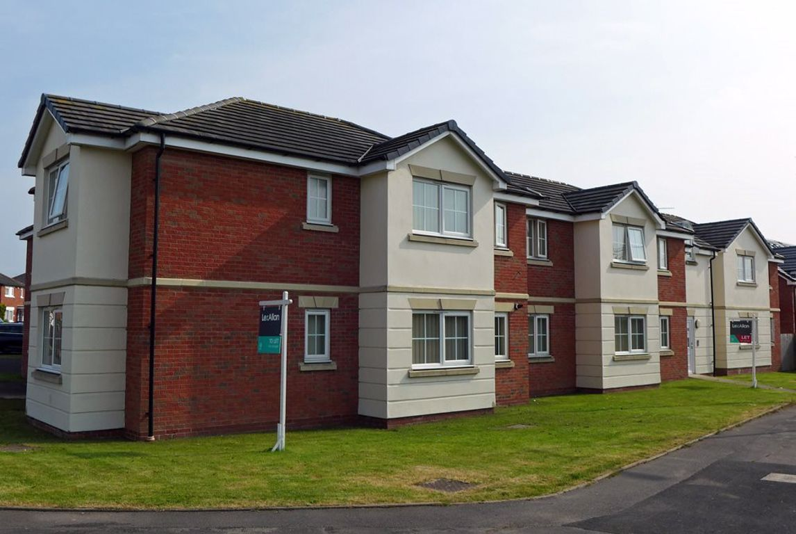 2 bed  to rent in 7 Hagley Road, B63
