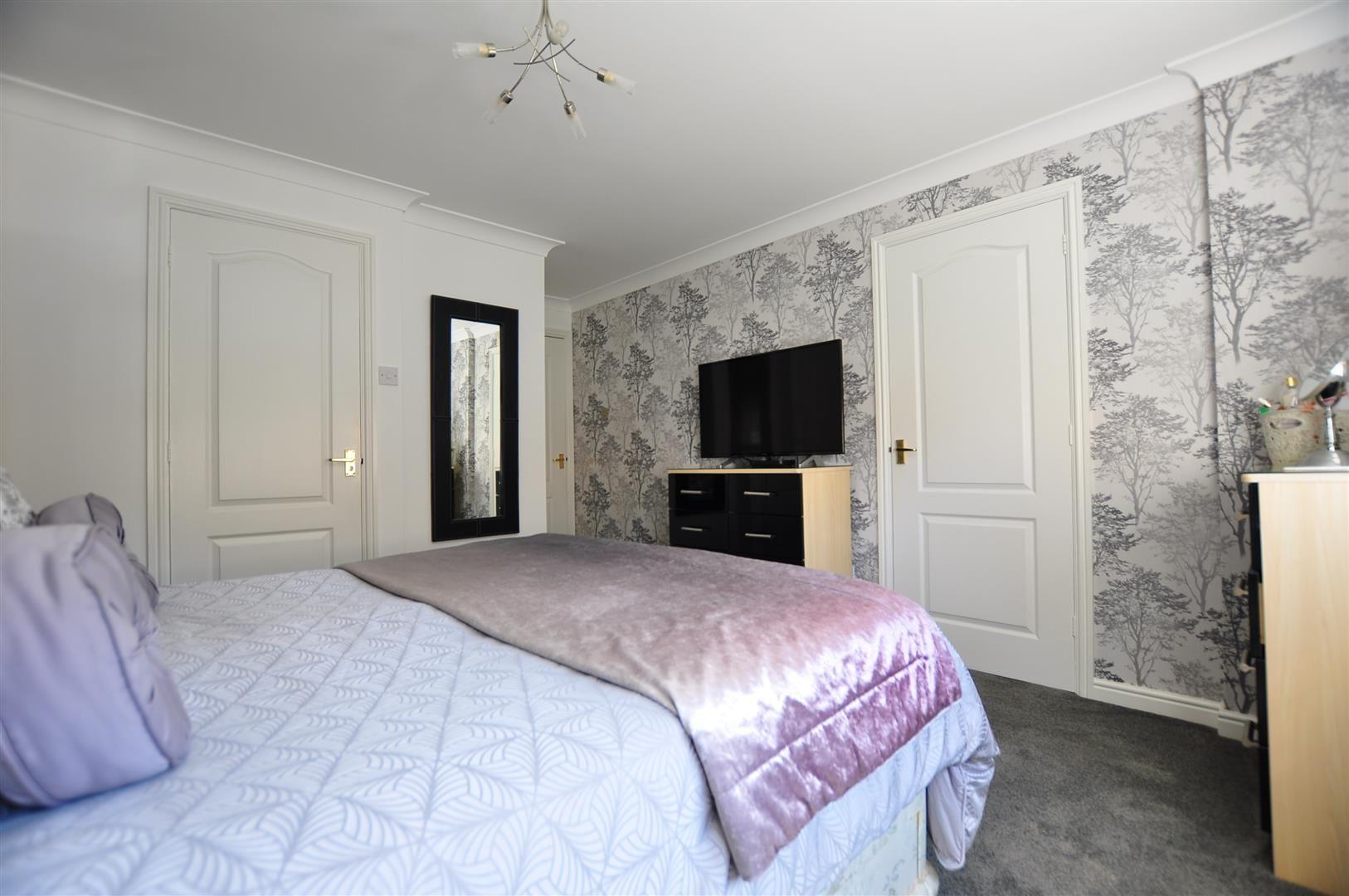 4 bed detached for sale  - Property Image 18