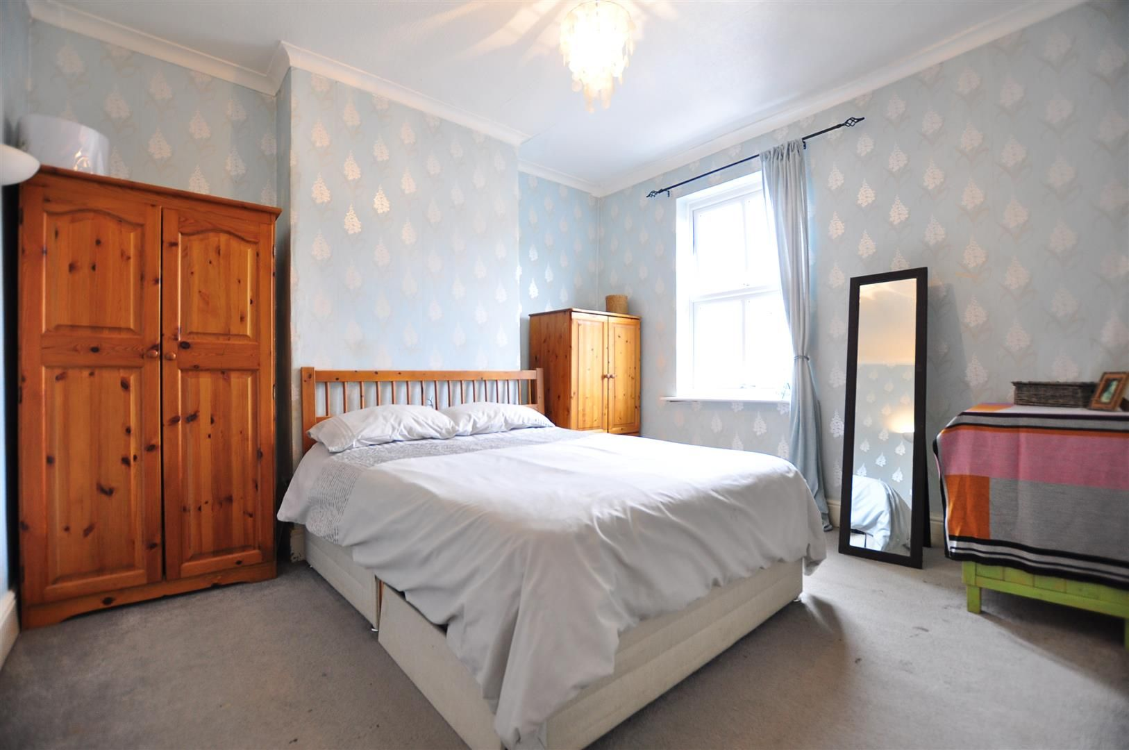3 bed terraced for sale 9