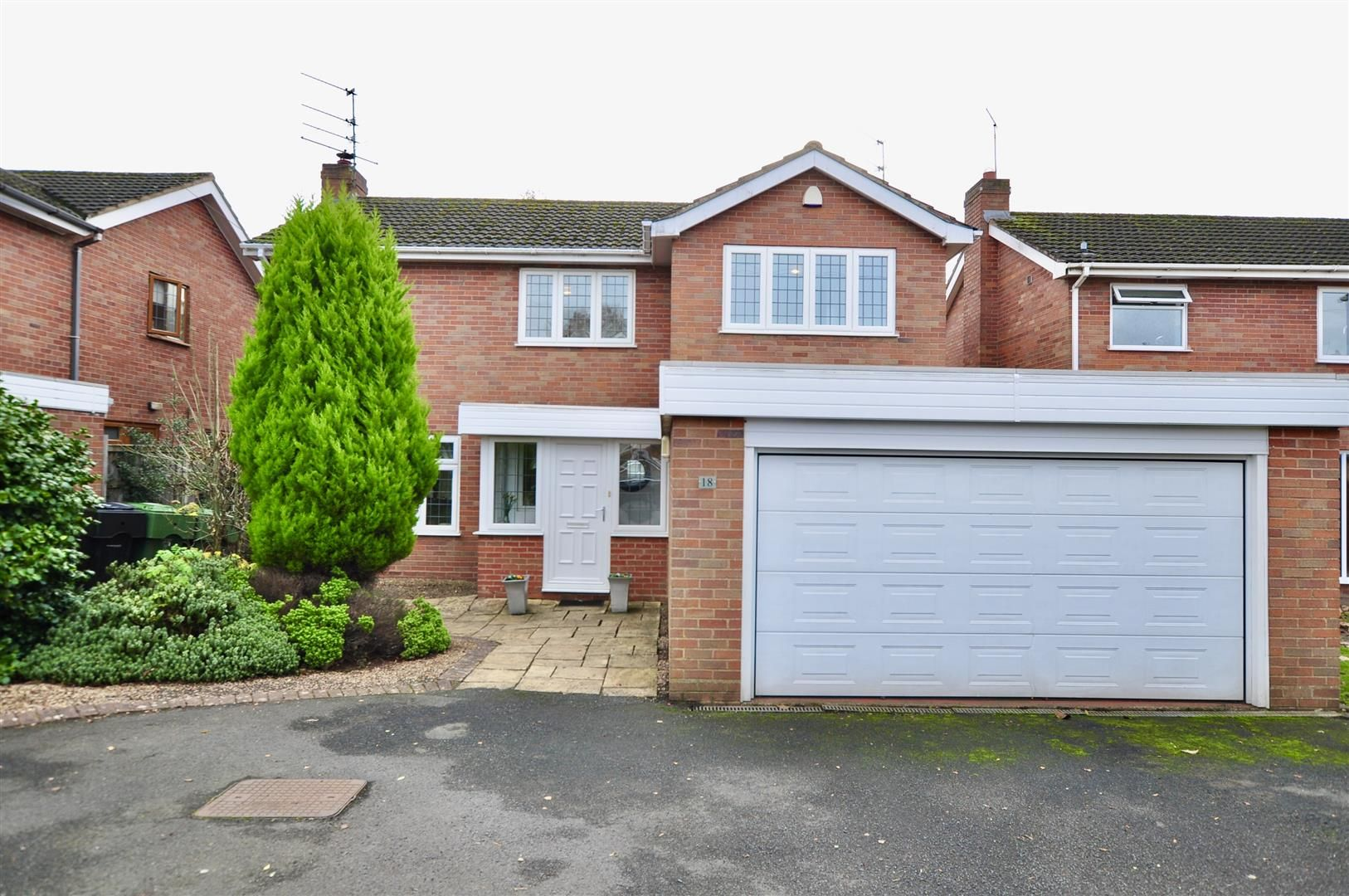 4 bed house for sale in Hagley 28