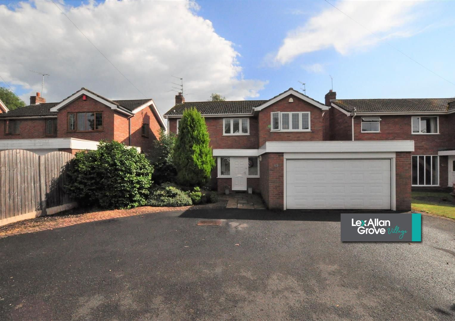 4 bed house for sale in Hagley 29
