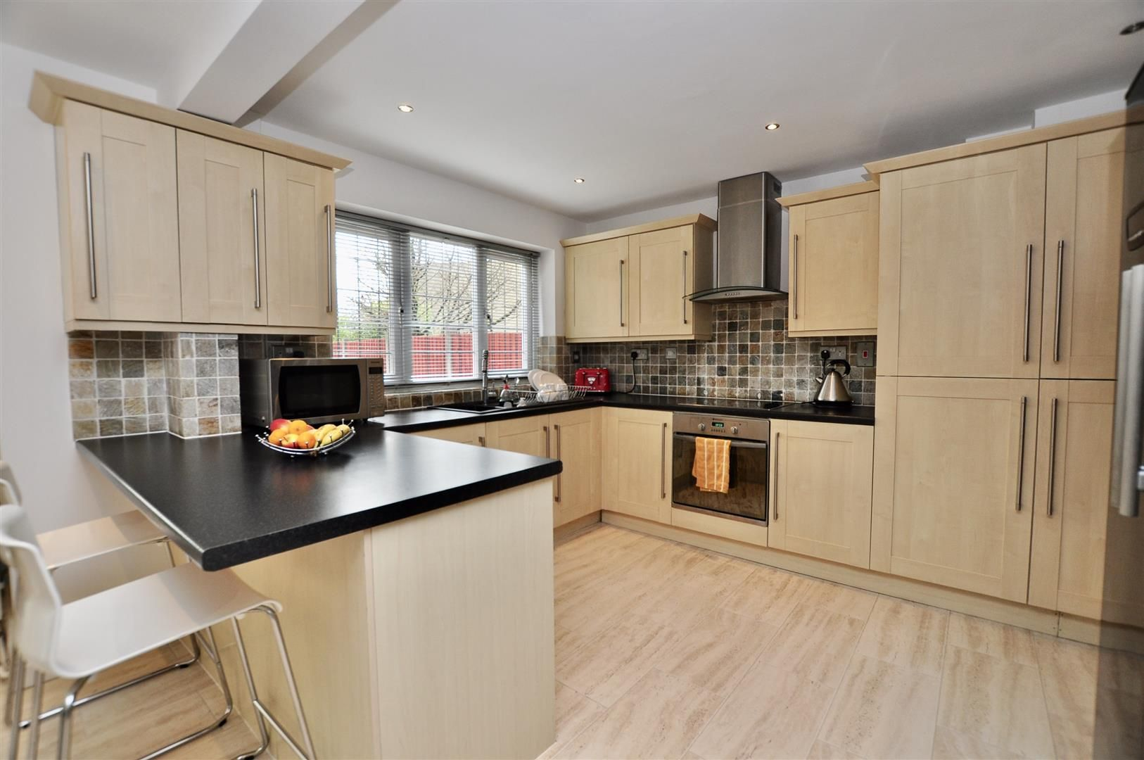 4 bed house for sale in Hagley 9