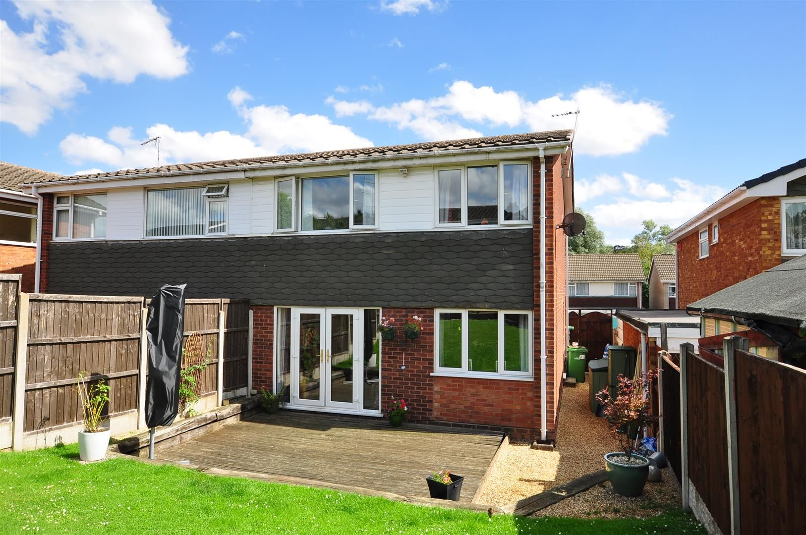 3 bed semi-detached for sale 21