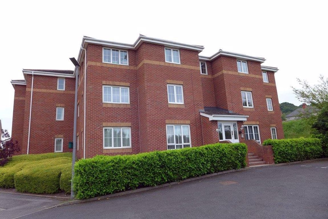 2 bed  to rent, B64