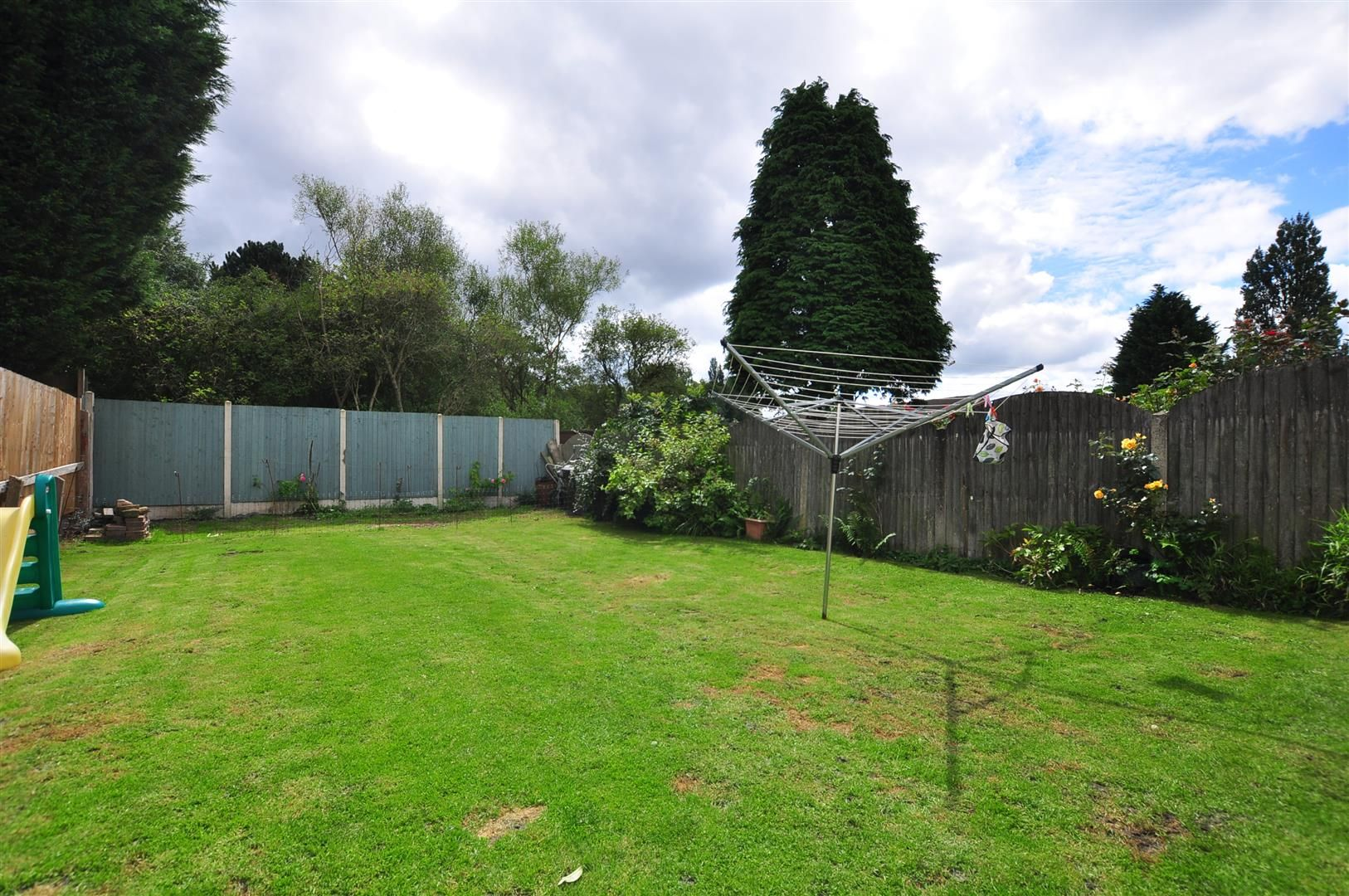 3 bed detached for sale  - Property Image 17