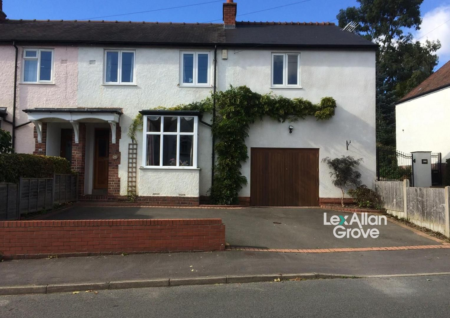 6 bed end-of-terrace for sale, B63