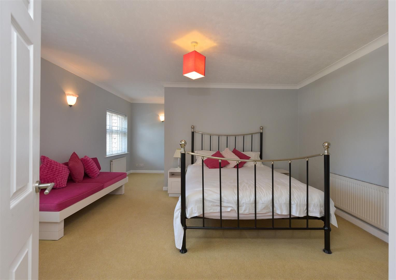 6 bed detached for sale in Hagley 26