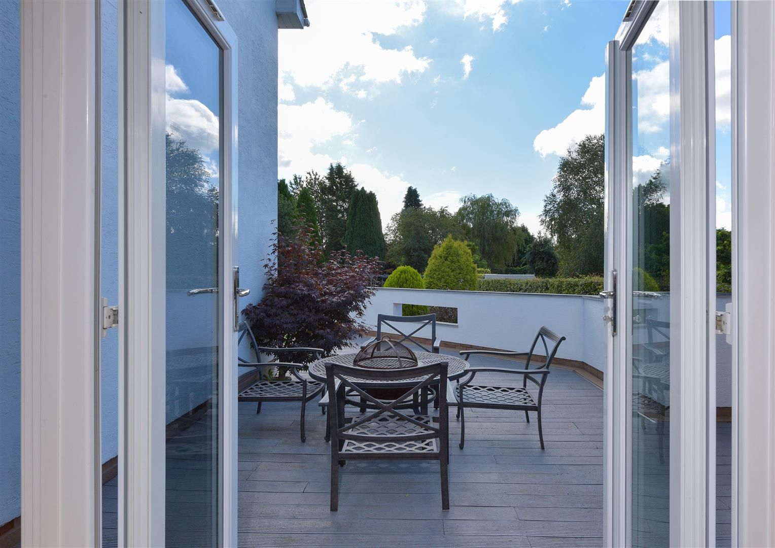 6 bed detached for sale in Hagley 46
