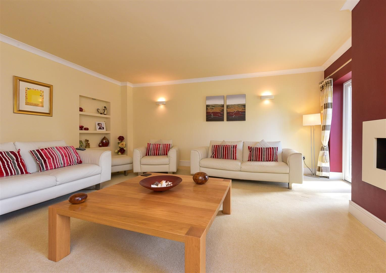 6 bed detached for sale in Hagley 6
