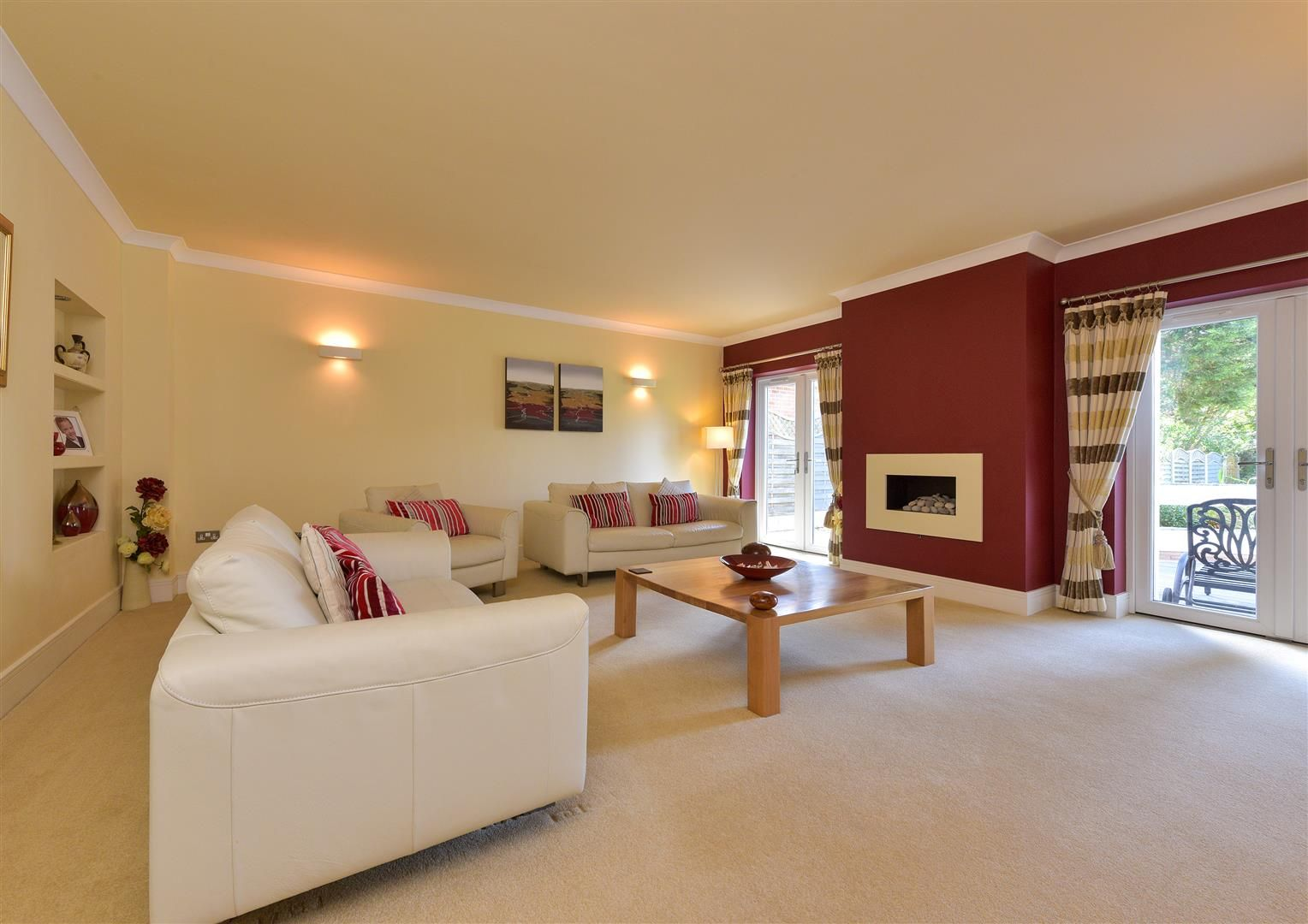 6 bed detached for sale in Hagley 7
