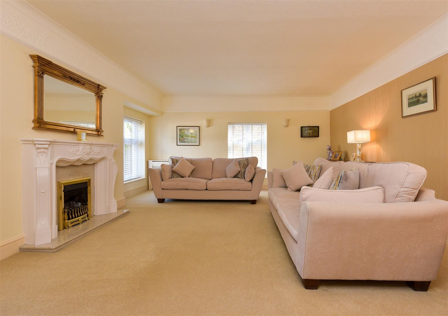 6 bed detached for sale in Hagley 8