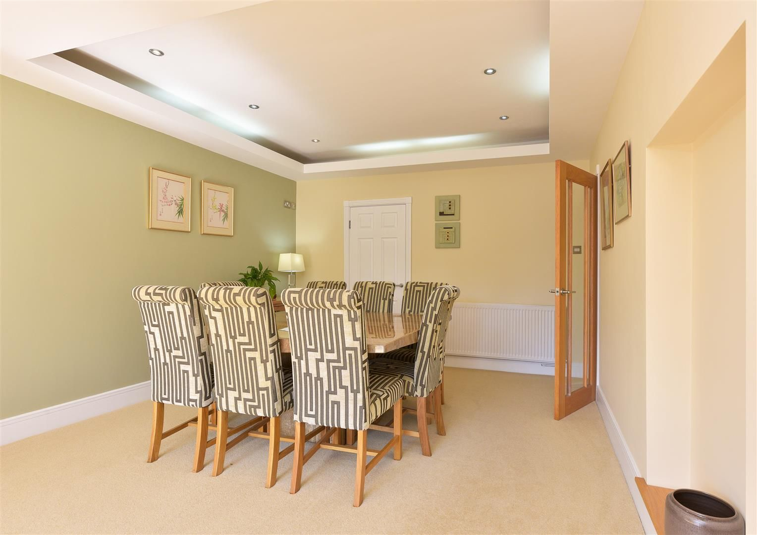 6 bed detached for sale in Hagley 10