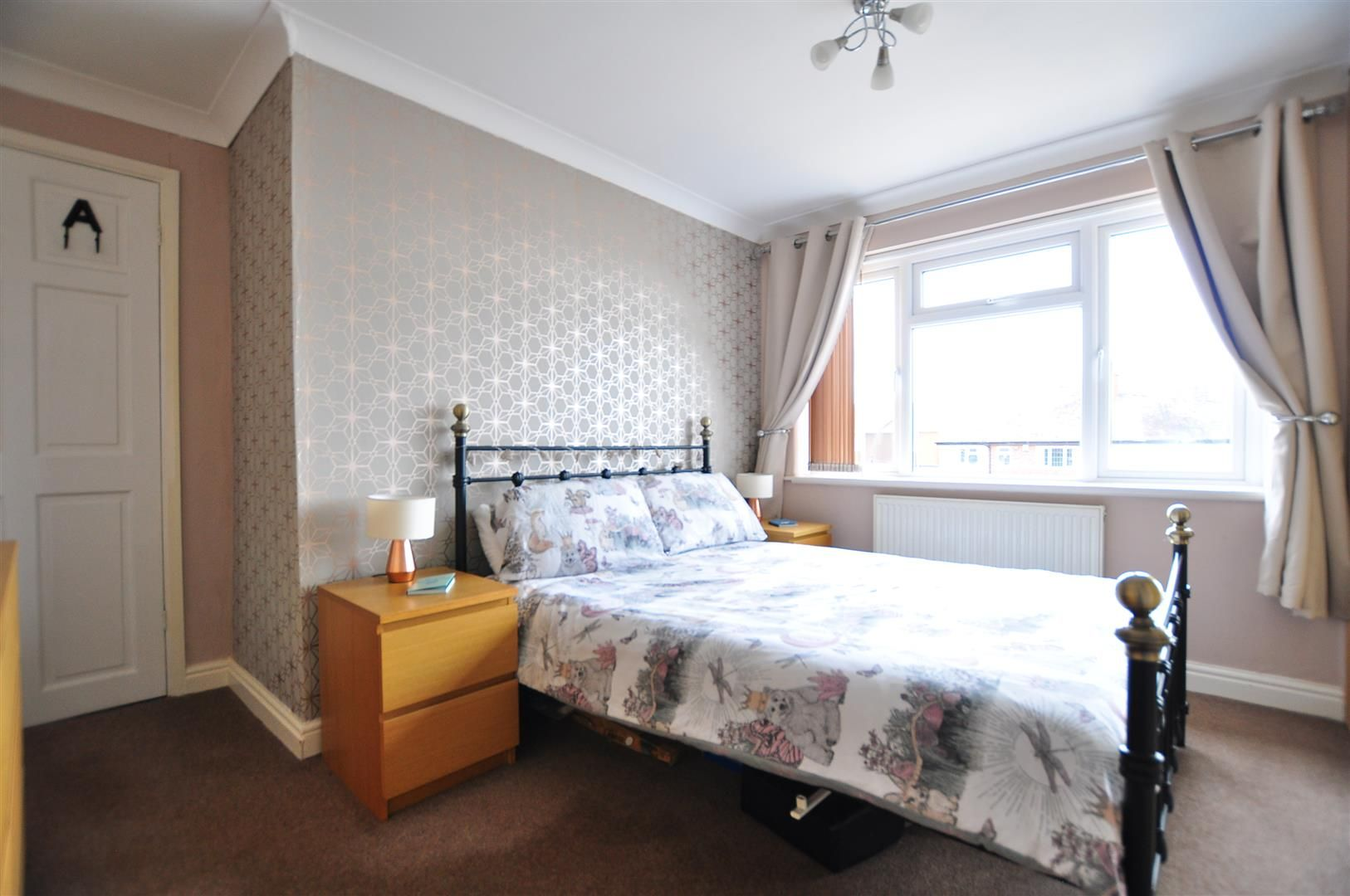 3 bed semi-detached for sale in Romsley 11