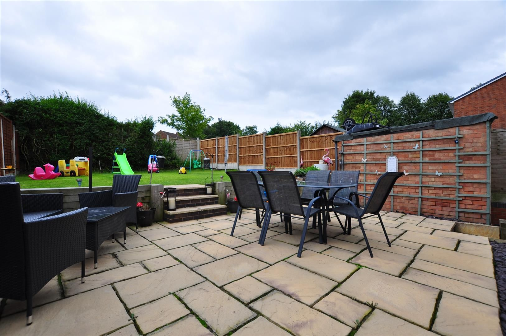 3 bed semi-detached for sale in Romsley 20