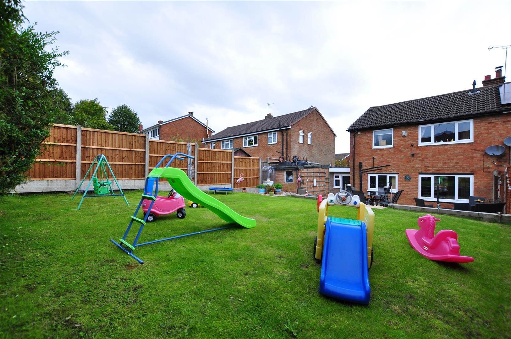 3 bed semi-detached for sale in Romsley 21