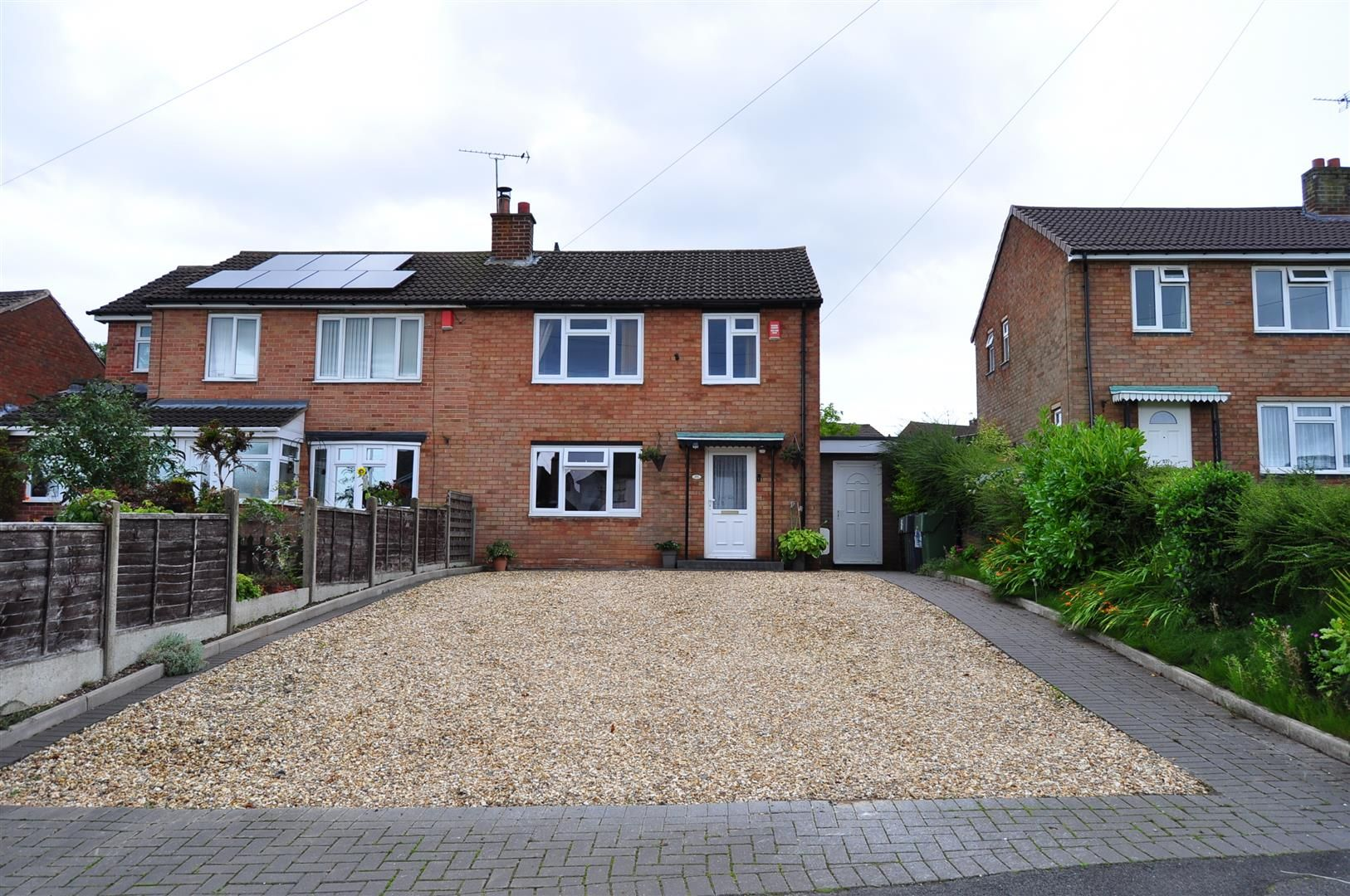 3 bed semi-detached for sale in Romsley 22