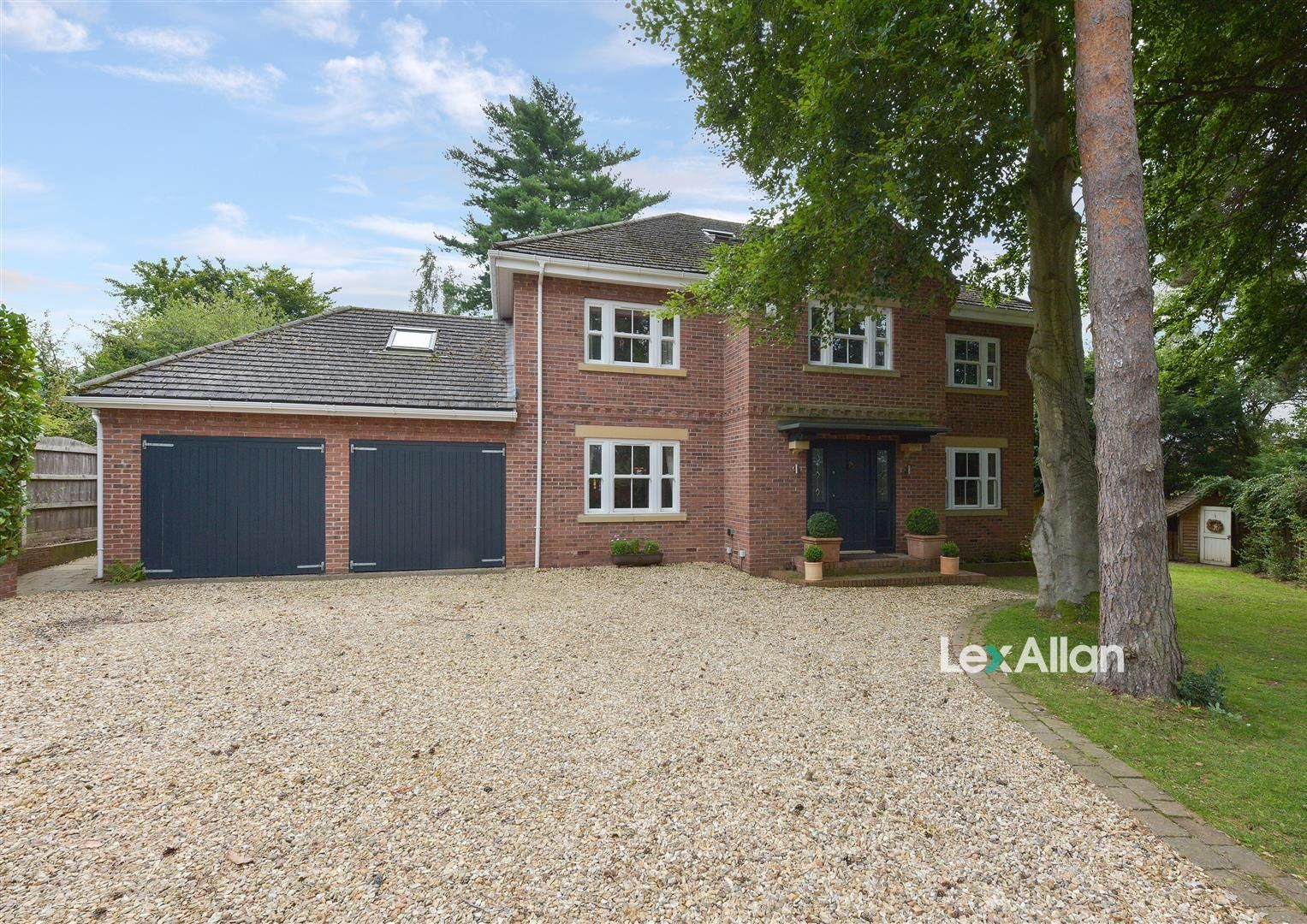 6 bed detached for sale in Kinver, DY7