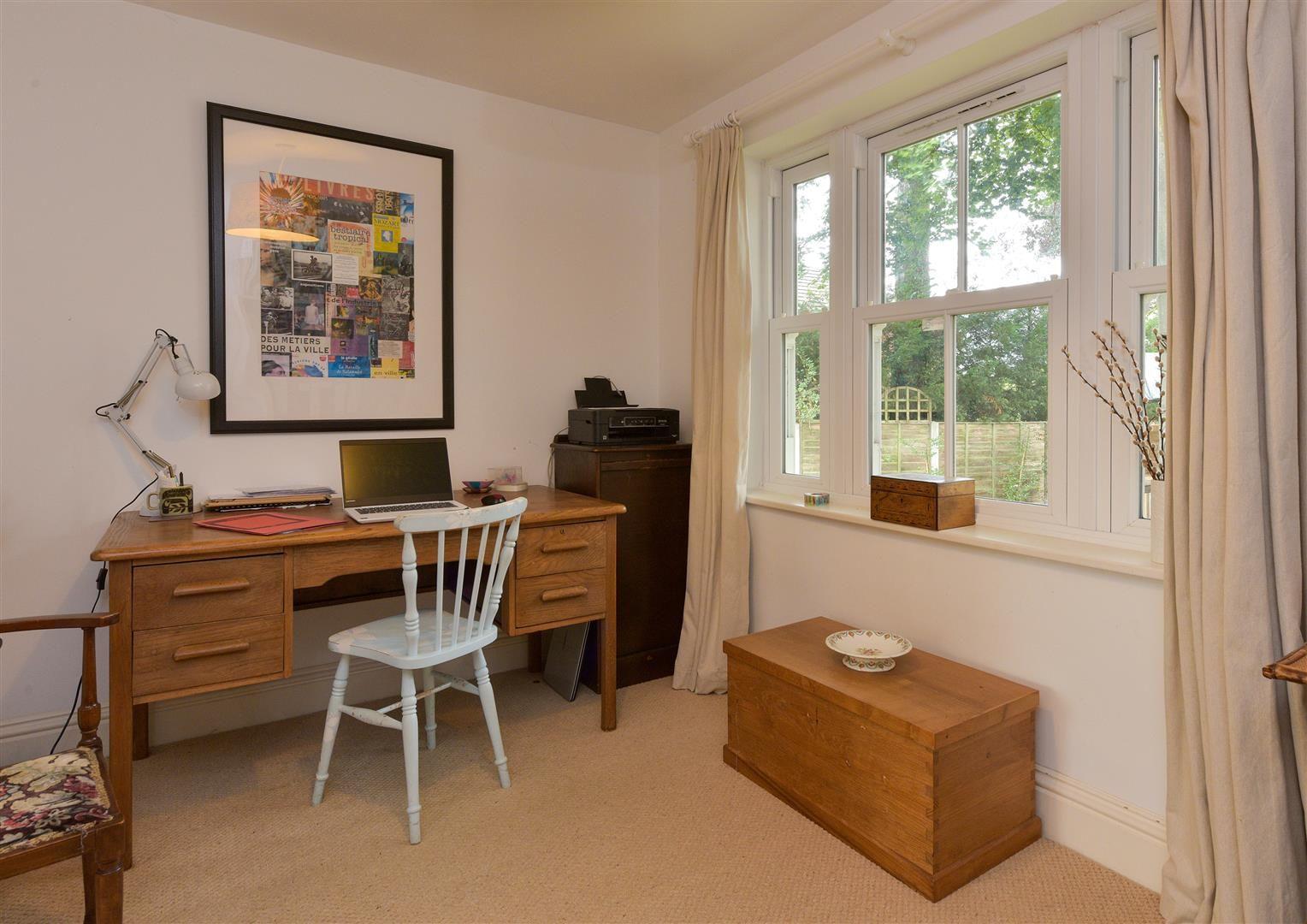 6 bed detached for sale in Kinver  - Property Image 8