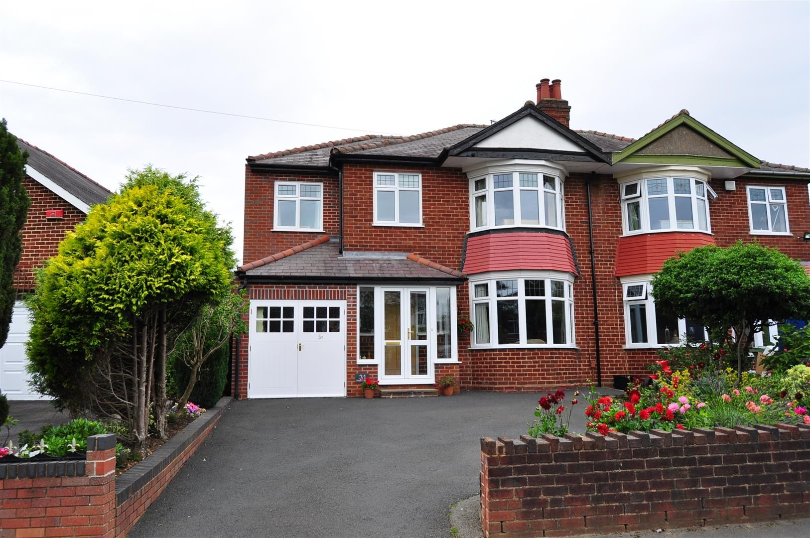 4 bed semi-detached for sale 25