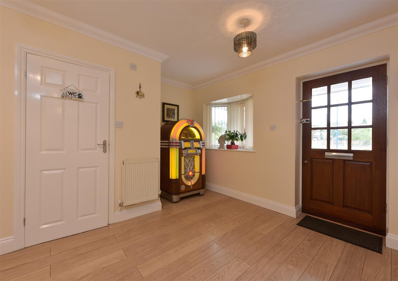 8 bed detached for sale  - Property Image 2