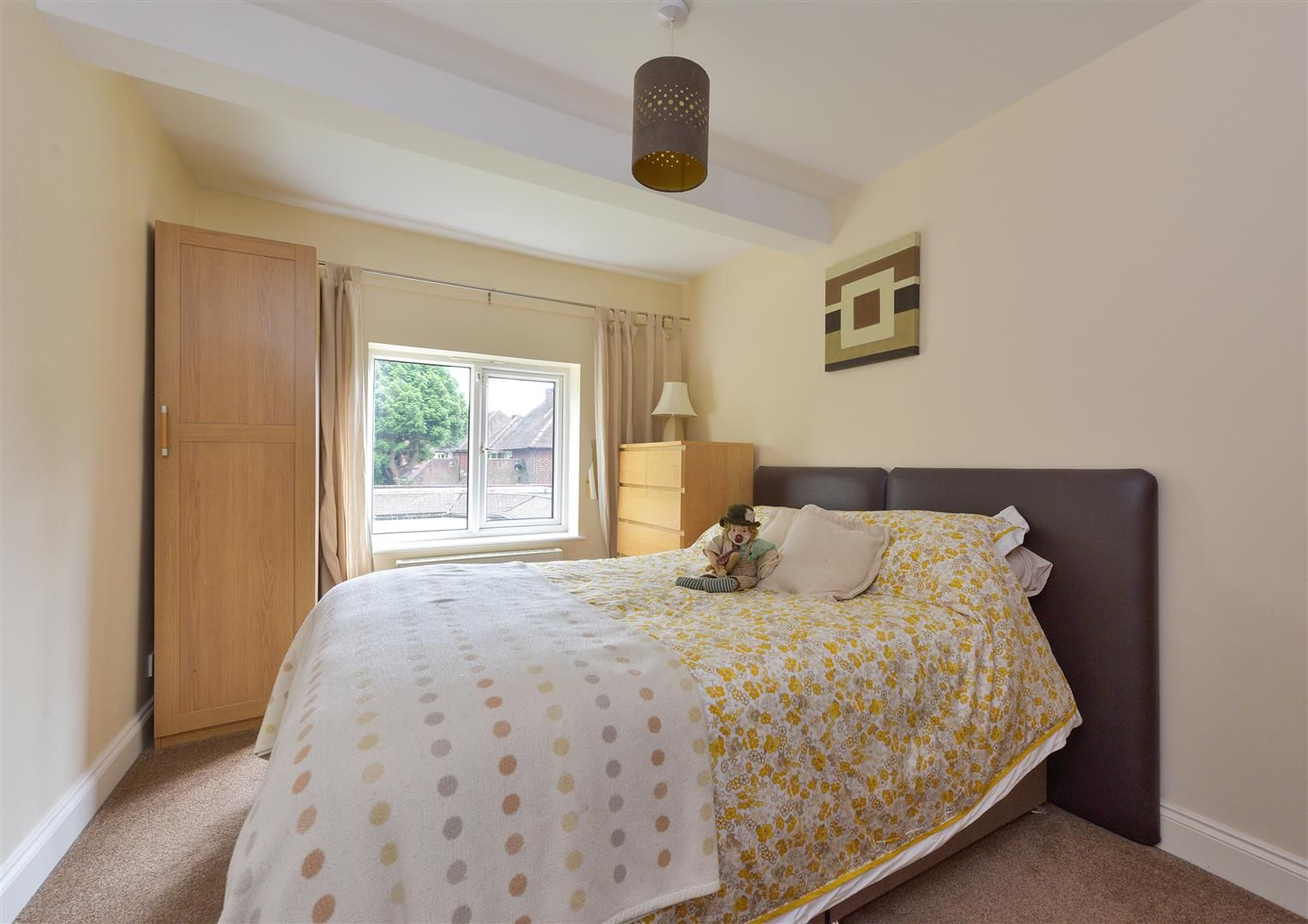 8 bed detached for sale 21