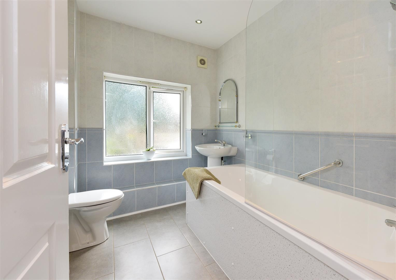 8 bed detached for sale  - Property Image 23