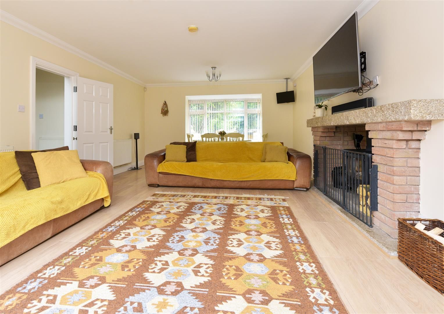 8 bed detached for sale  - Property Image 7