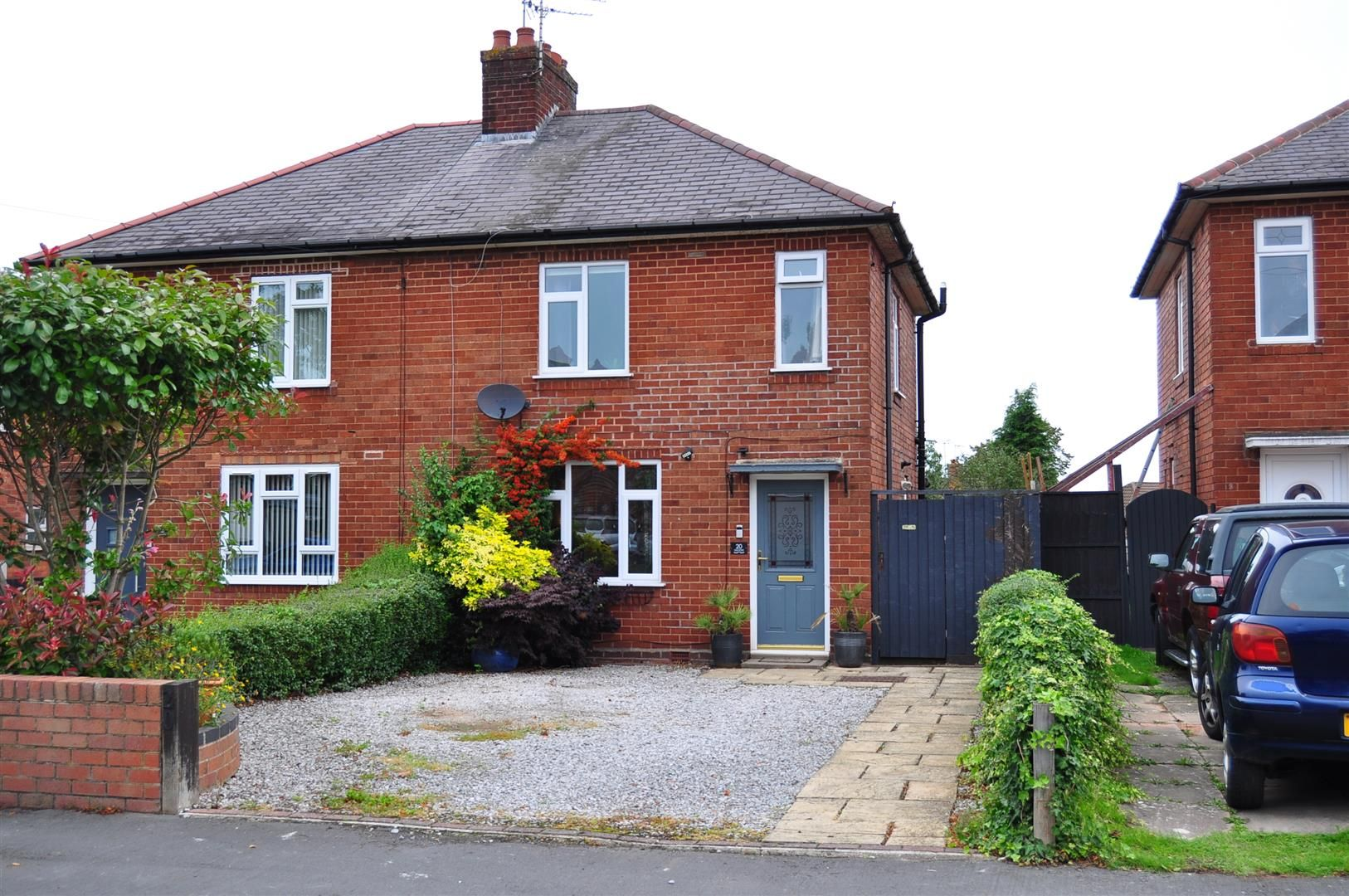 2 bed semi-detached for sale 26