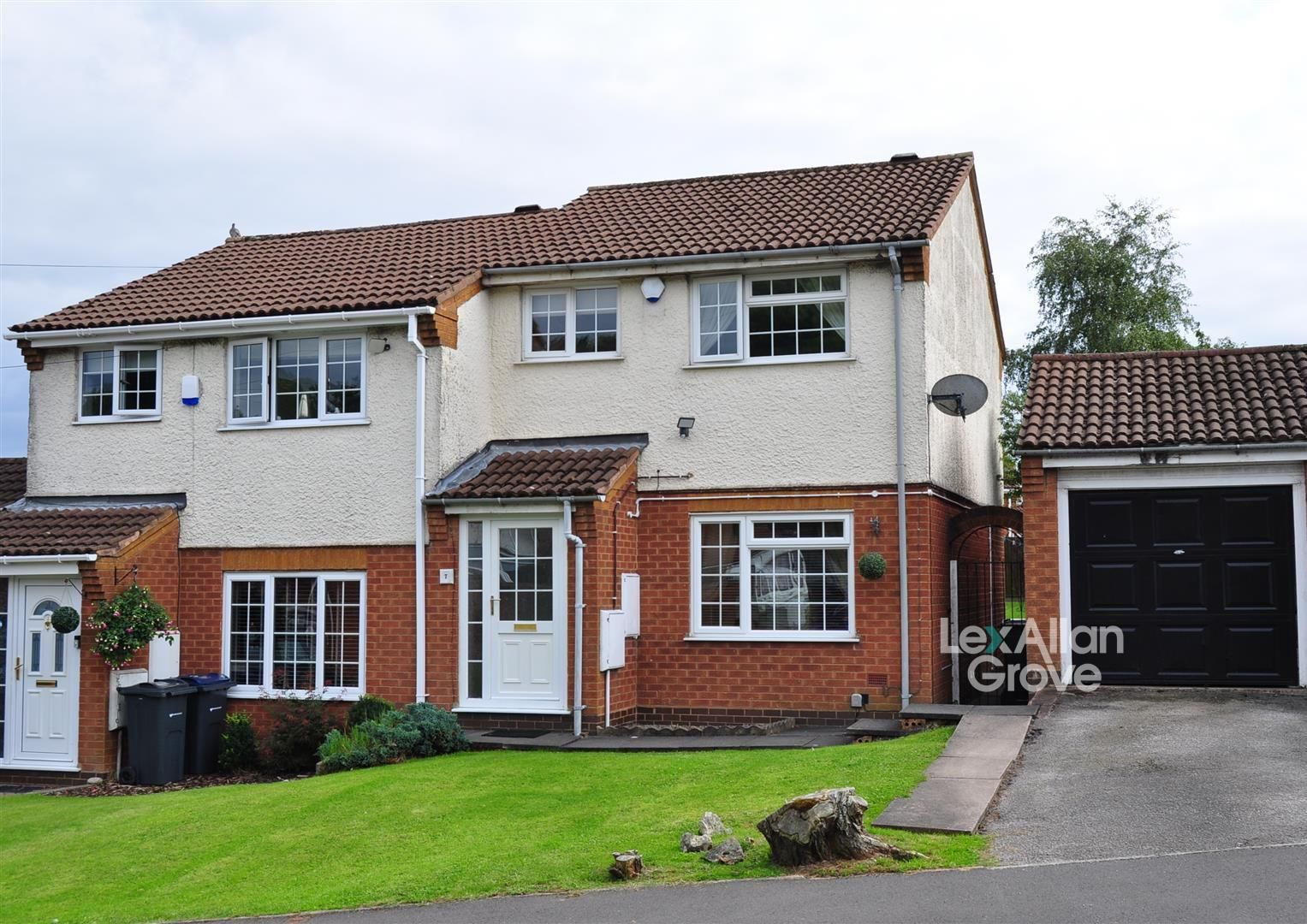 3 bed semi-detached for sale in Bartley Green, B32